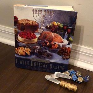 A Treasury of Jewish Holiday Baking Book